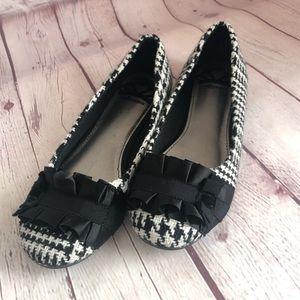Shoes - [Fergalicious] ALANA  houndstooth print flats